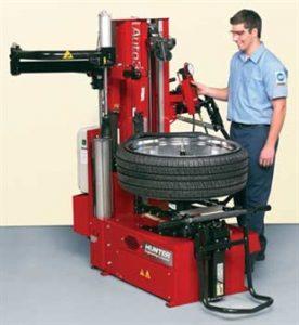 Tire mounting machine